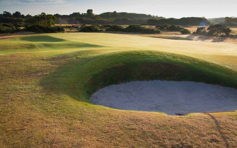 5th greenside bunker